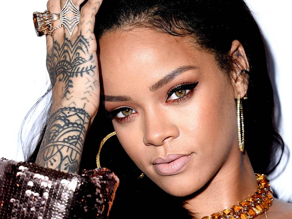 Rihanna Is Launching A Size Inclusive Lingerie Range!